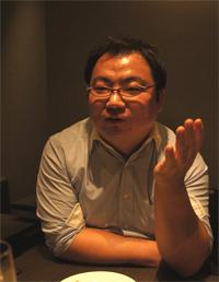 川井忠史氏