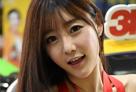 コンパニオンは一人だけ?韓国最大カスタムカーの祭典